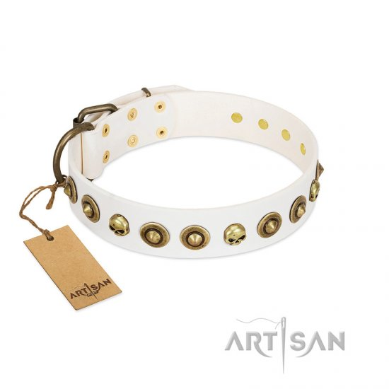"""Wondrous Venture"" FDT Artisan White Leather Pitbull Collar with Skulls and Brooches"