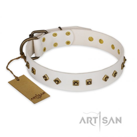 'Snow Cloud' FDT Artisan White Leather Pitbull Collar with Square and Rhomb Studs