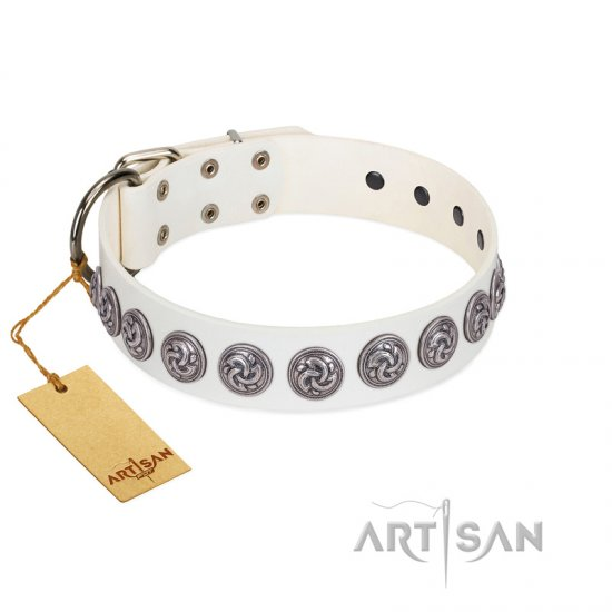 """Bohemian Spirit"" Handmade FDT Artisan White Leather Pitbull Collar with Vintage Decorations"