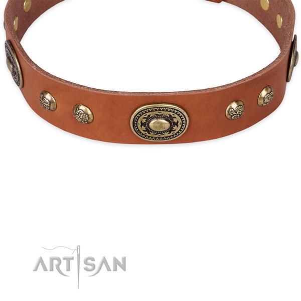 Handy use natural genuine leather collar with rust-proof buckle and D-ring