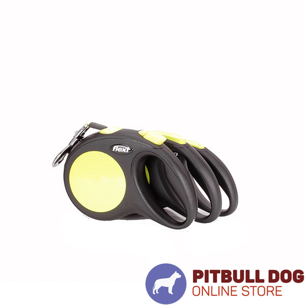 Medium Size Retractable Dog Leash for Easy Handling