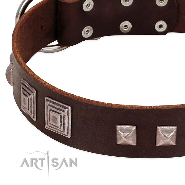 Durable D-ring on full grain genuine leather dog collar for easy wearing