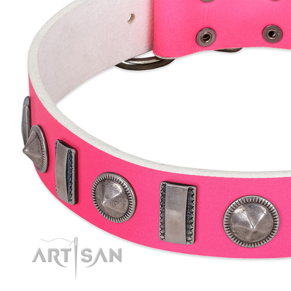 Amazing decorated natural leather dog collar for easy wearing