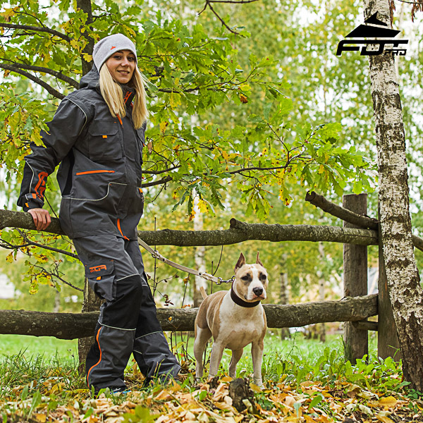 Men and Women Design Pants with Comfortable Back Pockets for Active Dog Training